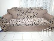 5seater Sofa With A Mahogany Table | Furniture for sale in Nairobi, Riruta
