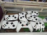 White And Black Xbox One Controllers | Accessories & Supplies for Electronics for sale in Nairobi, Nairobi Central