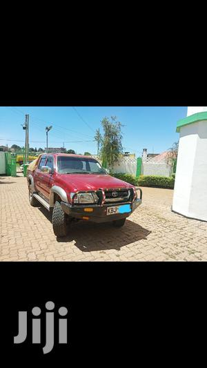 Toyota Hilux 2003 Red